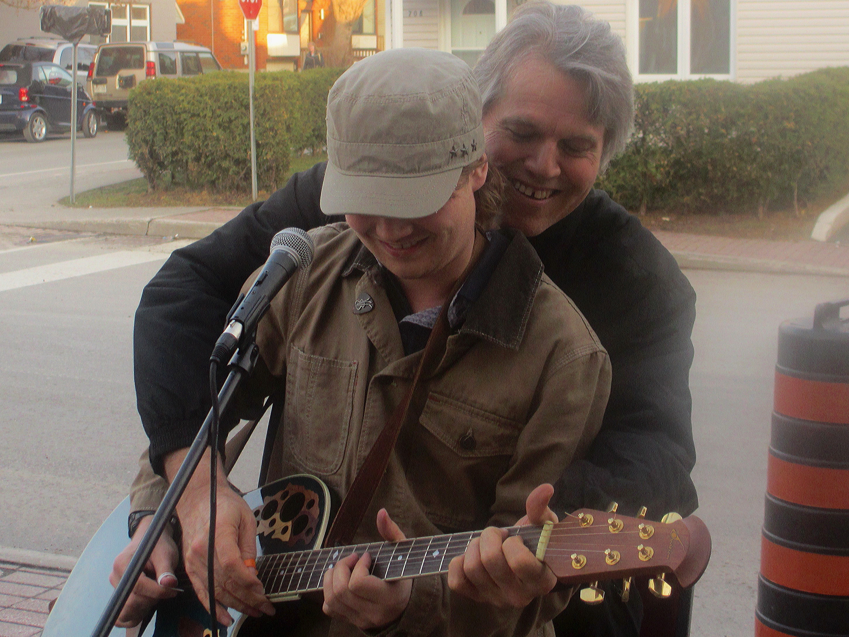 Jamming with Wendell Ferguson - on one guitar!